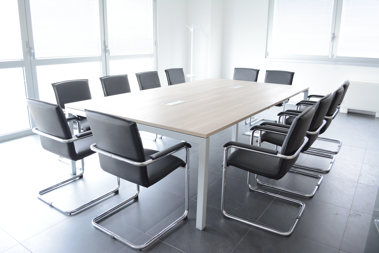 Mobili per la sala riunioni su misura